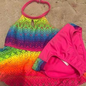 Girls 2 piece swimsuit